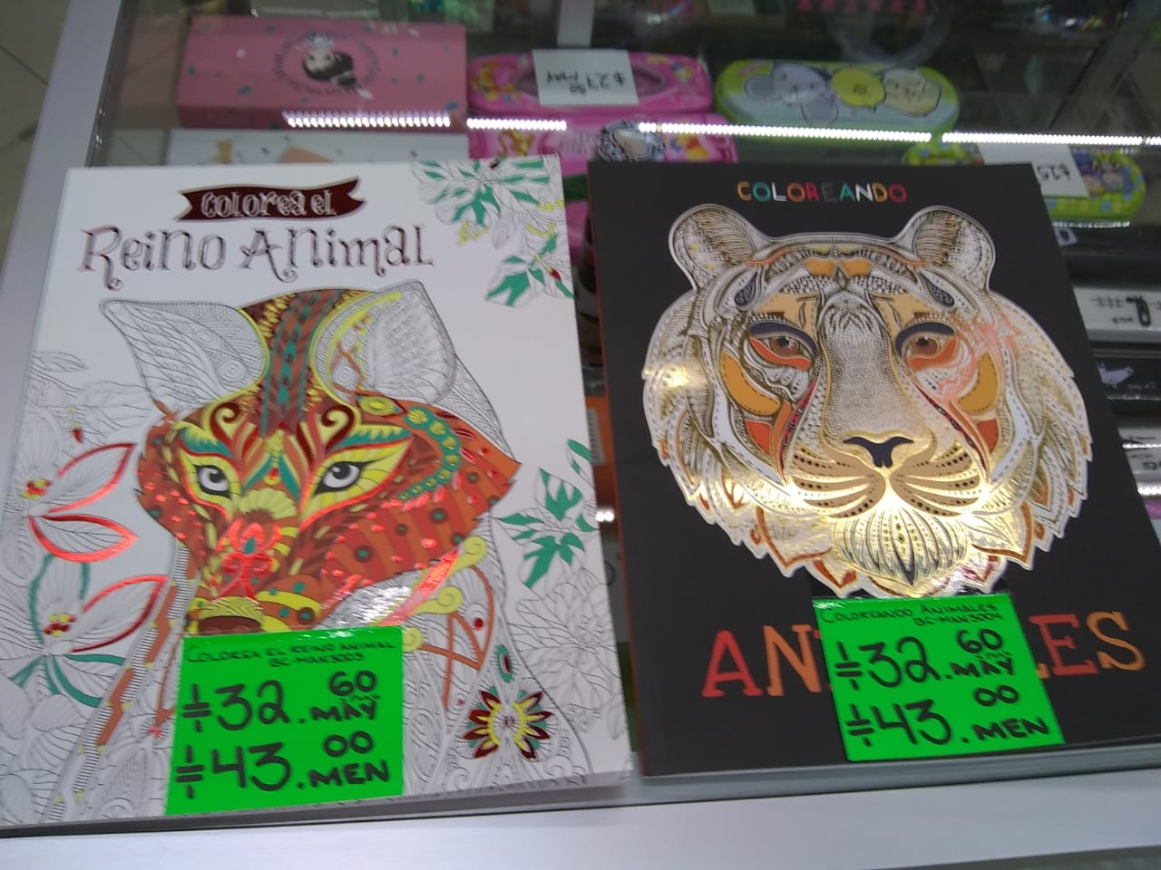 3 Libros para colorear: reino animal, coloreando animales. Precio unitario $32.60